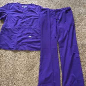 Grey's Anatomy purple 2 pc scrub set size medium